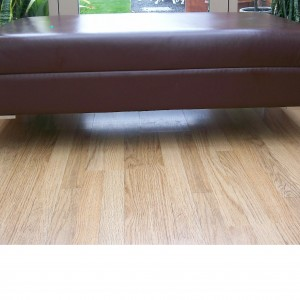 PIC LEATHER FOOTSTOOL BROWN